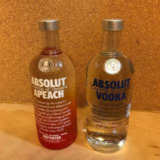 *Big Sale 大減價* Absolut Vodka / Absolut Apeach (750ml each)