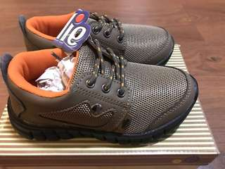 BNWT Ollie brown shoes
