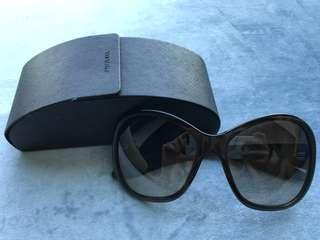 Prada Sunglasses 太陽眼鏡