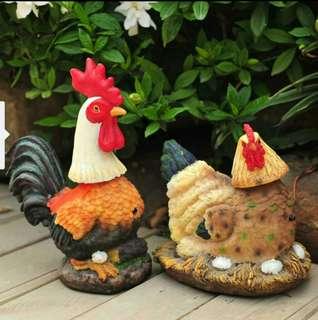 Rooster & Chicken Hen Decor