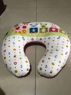 Baby breastfeeding pillow