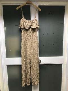 日牌Lowrys farm 綿質碎花荷蘭邊領口吊帶可拆連身長褲 $22.8 齊標 順豐到付 NO FACE TRADE