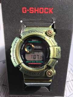 經典中的經典 G-SHOCK FROGMAN GW-200GM-9 稀有罕見 變色龍 太陽能款,GW 200的版本