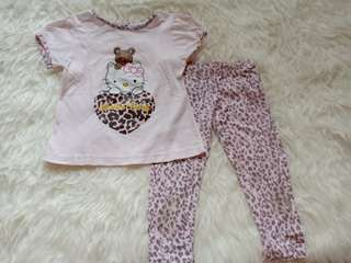 Preloved baju setelan hello kitty merk smara size 2th