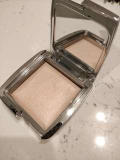 Hourglass Ambient Strobe Light Powder in Incandescent