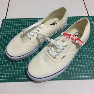 SOLD Vans Authentic Off White Size 43. New!