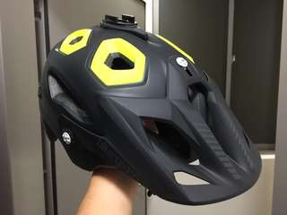 Bluegrass Golden Eyes MTB helmet