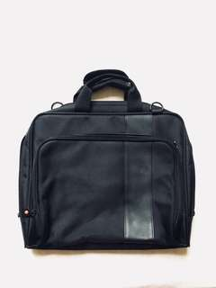 Black Padded Laptop Bag / Briefcase