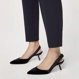 🚚 [只穿過兩次] 原價2400 Dior風格 Mango 絲絨 綁帶 貓跟鞋 底跟鞋 中跟鞋 尖頭鞋 39 適合25cm