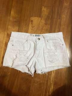 🚚 白色牛仔短褲 26腰