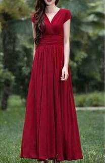 Long gown fit medium to xl frame