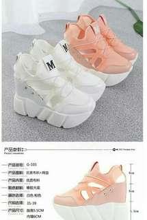 #預購 #女鞋 新款厚底內增高12公分透氣簍空韓版鬆糕鞋 485元 尺碼👉35~39 顏色👉粉/白
