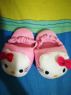 Hello Kitty slipper with garter