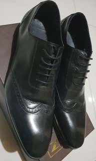 Repriced Jarman Wingtip Dress Shoes