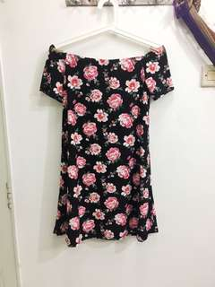 H&M Sabrina Black Floral Dress