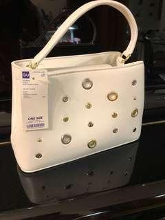 Brand new GU handbag 全新GU 手袋