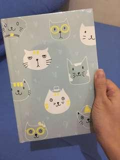 Buku Notes Motif Cats