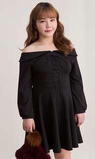 [BNWT] Plus Size Black Lace Up Off Shoulder Dress
