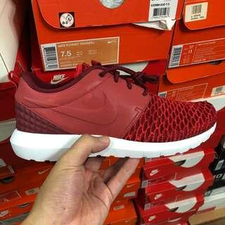 Nike Flyknit Roshe Premium Red  Last pair in US7.5  $80 ONLY