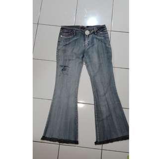 Celana jeans cutbray (net45 berter 75)