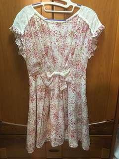 🚚 Apuweiser-riche 雪紡蕾絲百花洋裝