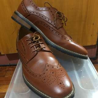 Golaiman Leather shoes (Brown