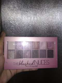 THE BLUSHED NUDES EYESHADOW MAYBELLINE