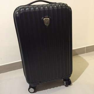 "100% NEW SUITCASE 100%新行李箱 12"" (L) x 20"" (H) (Price Not Negotiable. 不議價)"