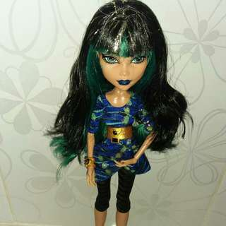 Boneka barbie monster high cleo denile