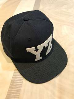 "Snapback Original H&M ""YZ"" Navy Blue"