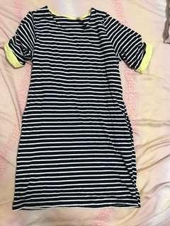 🚚 韓國長條紋裙子