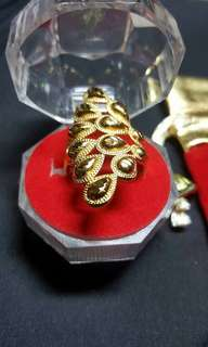 Fashionable Ring 10K