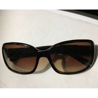Authentic LIZ CLAIBORNE sunglass