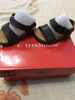 Treehouse sandals