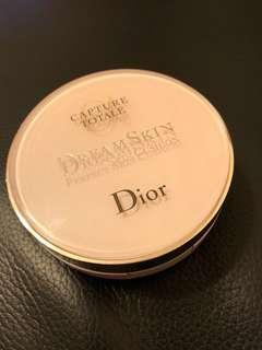 Dior DreamSkin Prefect Skin Cushion 盒