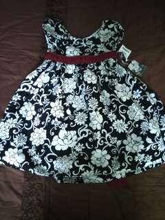 Girl dress raya