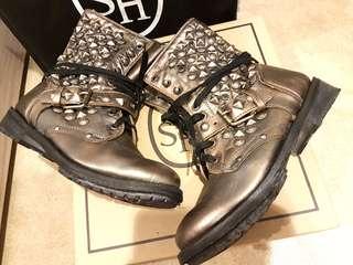 ASH 全真牛皮鉚釘中長軍靴/仿舊銀灰色/附提袋/2手出售