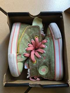Converse Shoes for baby girl