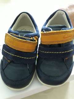 Clarks Shoes 5.5 G