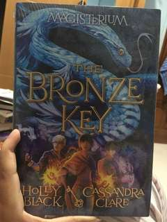 The Bronze Key (Magisterium #3) by Holly Black, Cassandra Clare