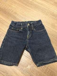 男童短褲 gap h&m Superman 都有 150一件