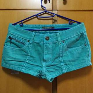 薄荷綠低腰超短熱褲 low cut hot pants shorts