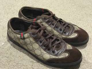 Preloved Gucci Authentic size 9
