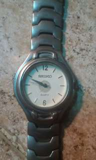Seiko quartz authentic