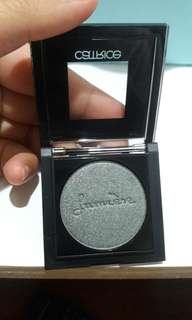 Catrice pret a lumiere longlasting eyeshadow