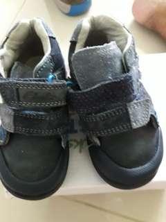 Shoe size3