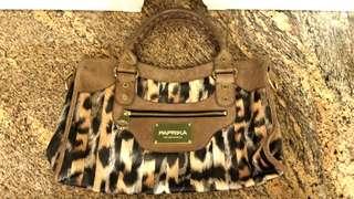 $250 包郵 included local postage 100%New Japan Brand Paprika leopard pattern handbag