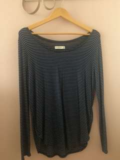 Abercrombie and finch long sleeved top