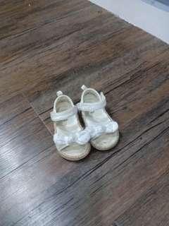 H&M baby shoe