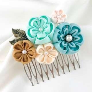 🚚 Handmade teal bridal comb, mint flowers hair piece, mint wedding hair piece, green wedding comb, green flower bridal hair comb, kanzashi hair comb